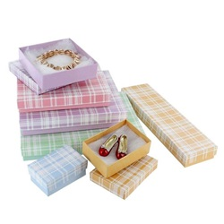 #75 Pin/Earring/Necklace Plaid Assorted  Cotton Filled Boxes