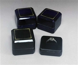 Sparkle Blue Plastic Ring Box